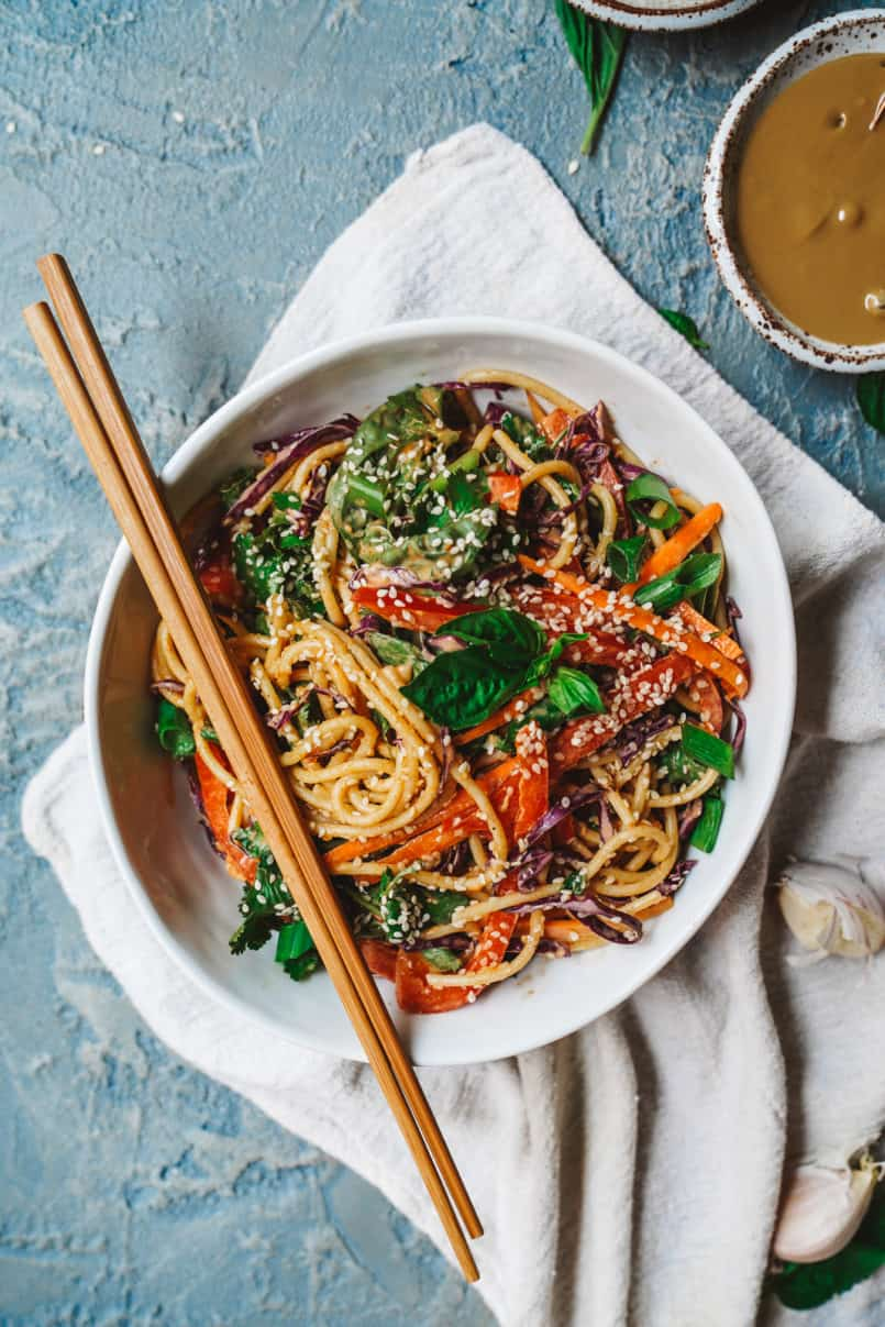 This spicy Thai sunflower noodle salad is super easy to make and allergen free thanks to its plant-based sunflower seed dressing.