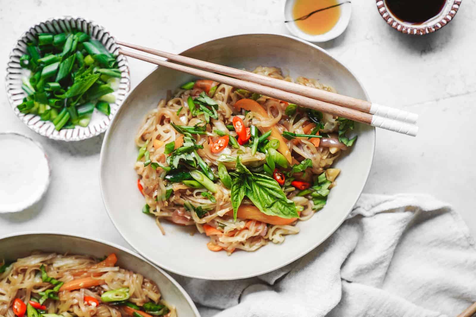 The Best 15 Minute Vegan Thai Drunken Noodles